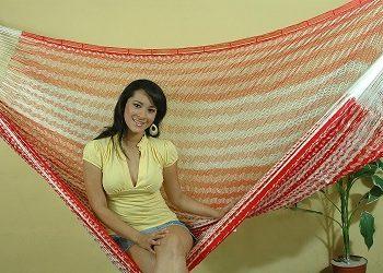 Hamaca mexicana yucateca tipo maya roja y blanca1